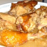 Poulet fumé sauce chocolat (Odika)